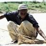 Khartoum Soba 2013 | Chief fisherman rolling in his net